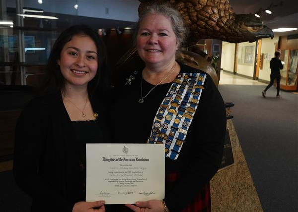 The National Society Daughters of the American Revolution Citizenship Award