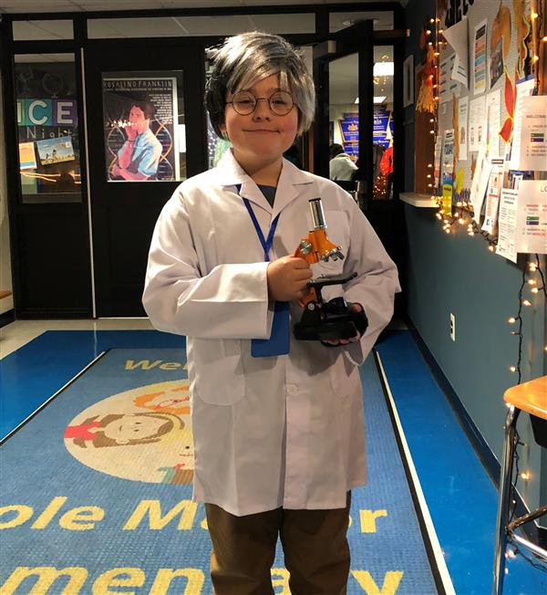 Cole Manor Science Exploration Night Celebrated our Young Scientists